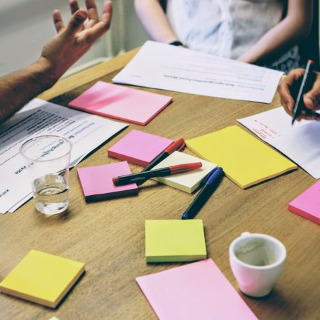 Artikelbild von Design Thinking – Eine Erklärung in 4 Punkten