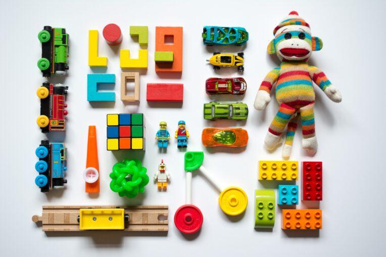 Perfekt organisiertes Spielzeug für angehende Informationsarchtiekten